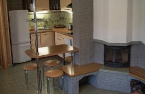Svetainė-virtuvė